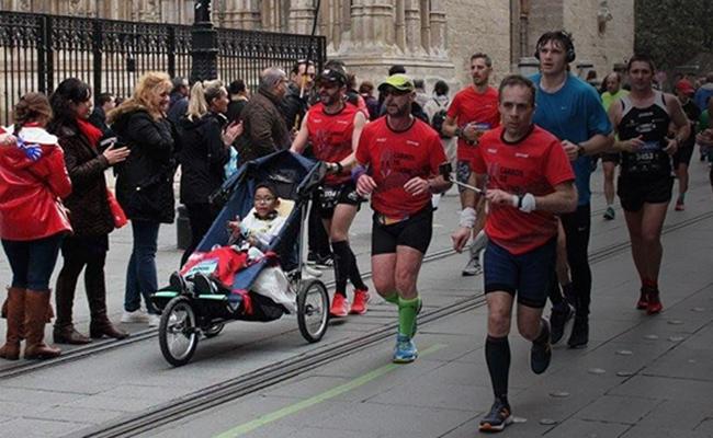 Luis Fernando en la última maratón de Sevilla
