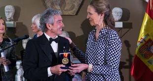 La infanta Elena entrega el reconocimiento a José María Pacheco