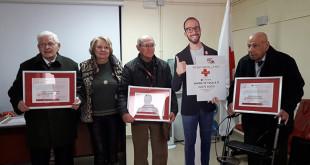 Homenaje a los socios utreranos de Cruz Roja
