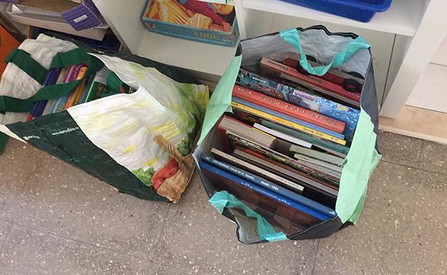 Las donaciones de libros ya están llegando al centro
