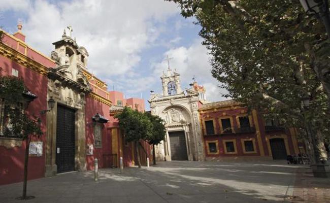 Plaza de San Lorenzo con la basílica del Gran Poder / Foto: Juan Flores