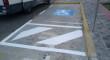 Una campaña de concienciación en Utrera para no ocupar los aparcamientos para personas con discapacidad