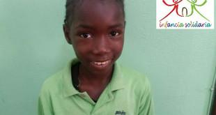 Se busca una familia dispuesta a coger a Betinha de Guinea Bissau, que padece una grave cardiopatía