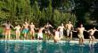 ¿Quieres ayudar a otros a disfrutar de unas vacaciones? Cinco opciones de voluntariado en verano