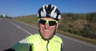 El ciclista Rafael Torres pone en marcha este reto solidario contra el cáncer