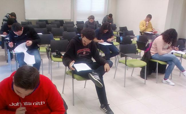 Una de las sesiones preparatorias del grupo / Autismo Sevilla