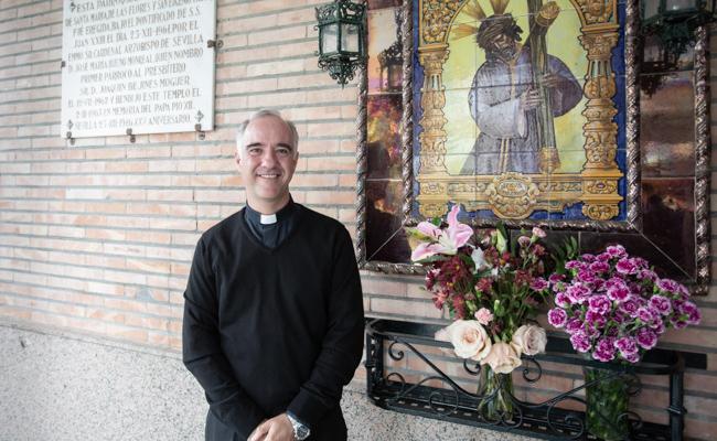 Ignacio Jimenez Sanchez- Dalp, párroco de Santa María de las Flores / V. G.