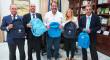 """Obra social """"la Caixa"""" dona más de 300 mochilas de material escolar para los niños de Carmona"""