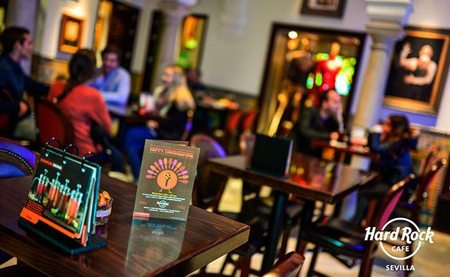 Hard Rock Café celebra en Sevilla Acción de Gracias con los niños de Andex