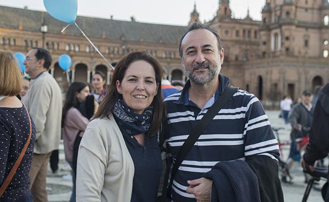 Nieves y Juanma, padres de Alejandro, y usuarios de Anadis FOTO: MJ LOPEZ OLMEDO