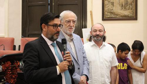 El alcalde de Uterra quiso agradecer a la Fundación Vicente Ferrer su labor solidaria