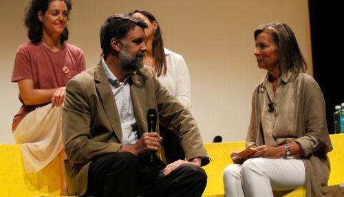 Javier Rubio dialoga con Pilar Cánovas